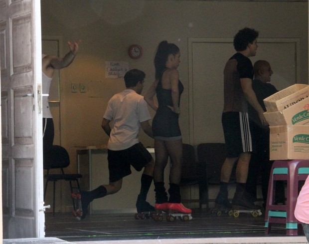 Danielle Winits e Thiago Fragoso ensaiam para 'Xanadu' (Foto: Daniel Delmiro/Ag. News)