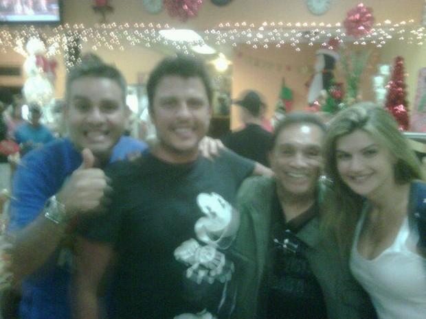 Ceará, Mirella Santos, Bola e Dedé em Orlando (Foto: Reprodução/ Twitter)