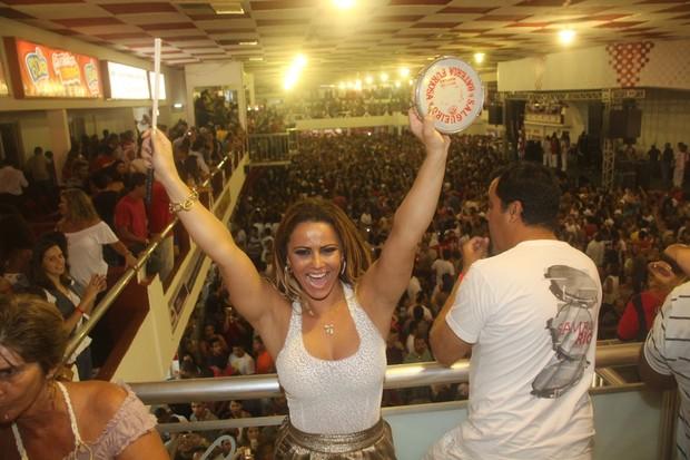 Viviane Araújo (Foto: Photo Rio News)