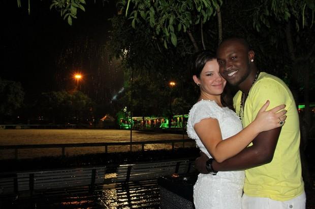Thiaguinho e Fernanda Souza (Foto: Vinicius Eduardo / AgNews)