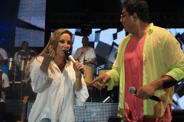 Claudia Leitte e Xanddy no ensaio do Harmonia do Samba em Salvador, na Bahia (Foto: Fred Pontes/ Divulgação)