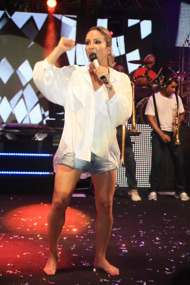 Claudia Leitte canta no ensaio do Harmonia do Samba em Salvador, na Bahia (Foto: Fred Pontes/ Divulgação)