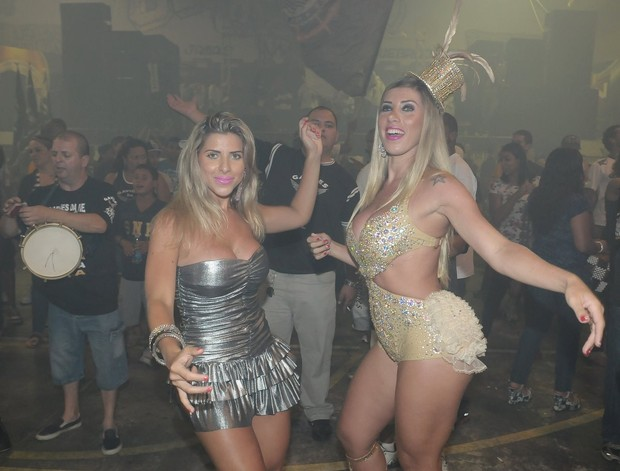 As irmãs Tati e Ana Paula Minerato (Foto: Ag. News)