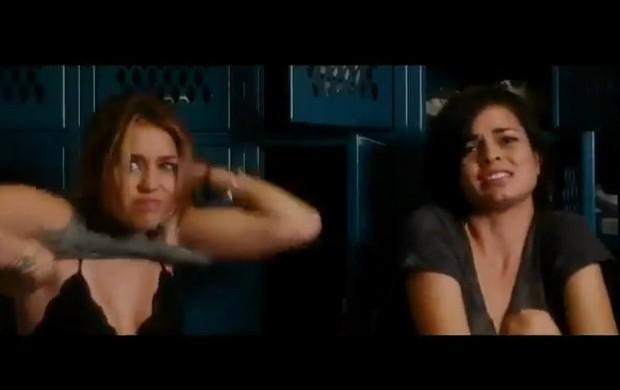 Starring Miley Cyrus & Demi Moore (Foto: Reprodução / YouTube)