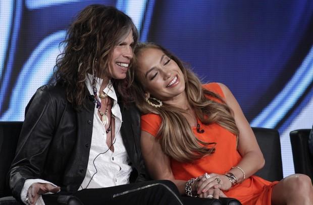 Steven Tyler e Jennifer Lopez em coletiva de imprensa do 'American Idol' em Pasadena, na Califórnia, nos Estados Unidos (Foto: Reuters/ Agência)