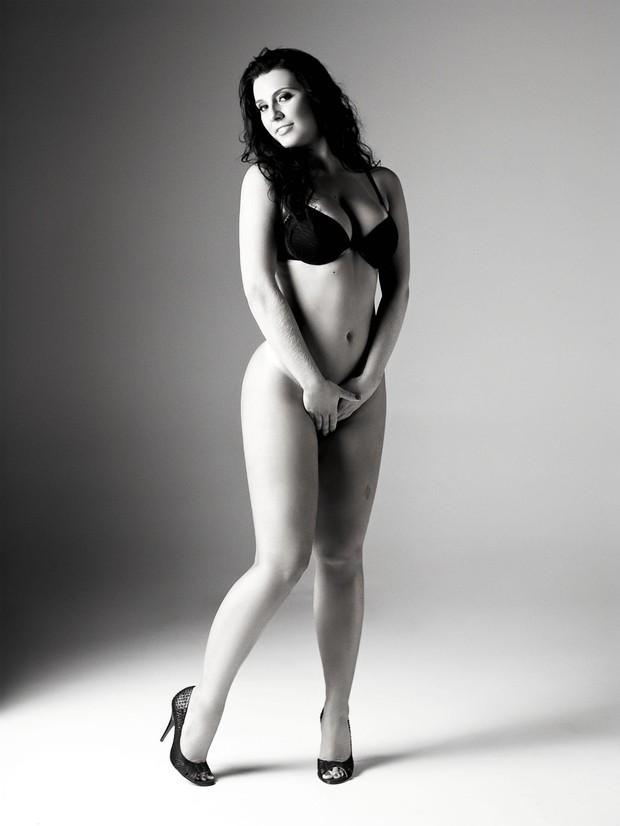 A mais sexy do Facebook - revista VIP (Foto: Divulgação/Revista VIP)