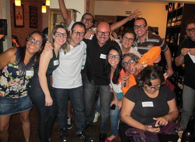 Família de Mayara, do 'BBB 12', em bar em São Paulo (Foto: Felipe Abílio/ EGO)
