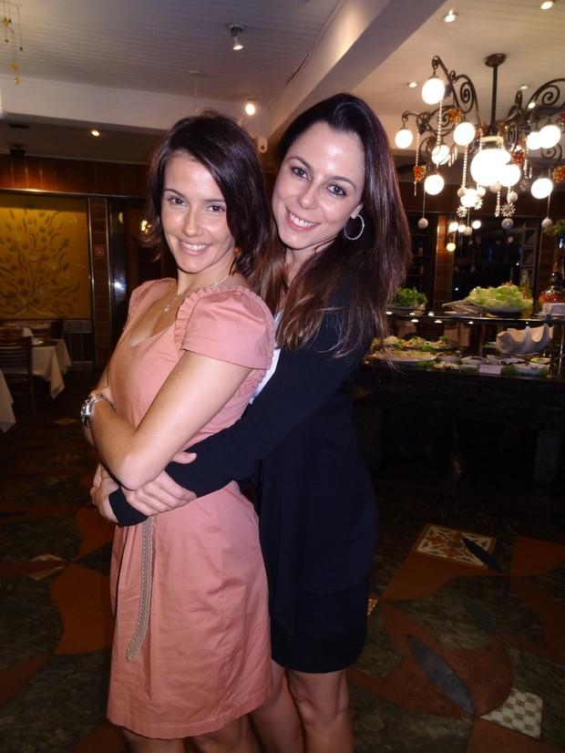 Deborah Secco e a irmã, Barbara (Foto: Divulgação)