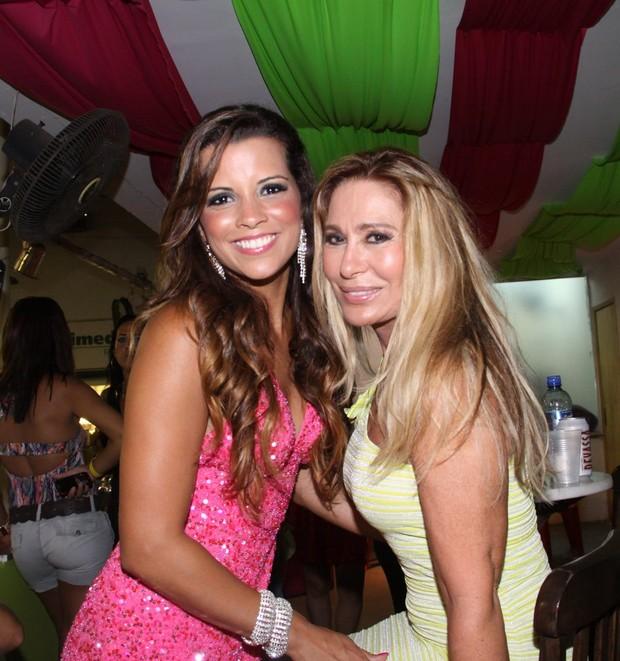 Renata Santos com Rosimery (Foto: Ag.News/Ag.News)