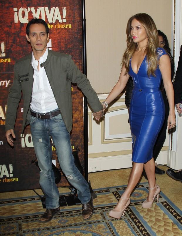 Jennifer Lopez e o ex-marido Marc Anthony em coletiva de imprensa em Pasadena, na Califórnia, nos Estados Unidos (Foto: Getty Images/ Agência)