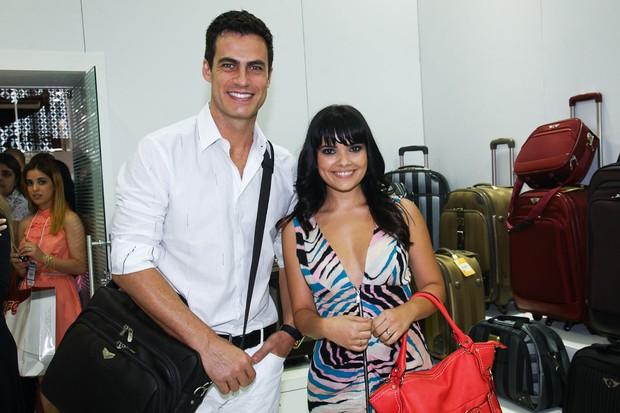 Carlos Casagrande e Vanessa Giácomo em evento de feira de calçados (Foto: Manuela Scarpa / Photo Rio News)
