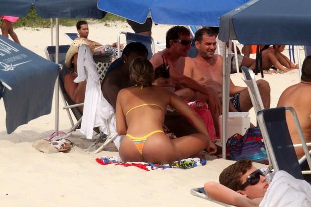 Wagner Love curte praia no Rio (Foto: Marcos Ferreira / Photo Rio News)