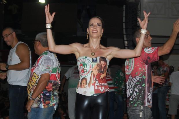Ana Furtado no ensaio da Grande Rio (Foto: Vicente Rodrigues / Divulgação)