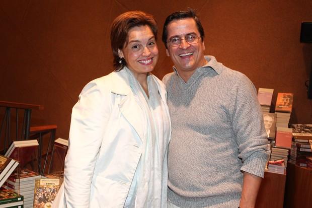 Suzy Rego e o marido (Foto: Manuela Scarpa/Photo Rio News)