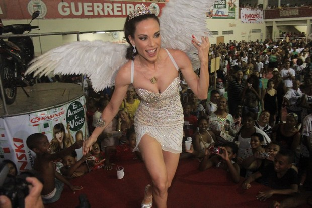Ana Furtado em evento na quadra da Grande Rio, em Caxias, Rio de Janeiro (Foto: Rodrigo dos Anjos/ Ag. News)