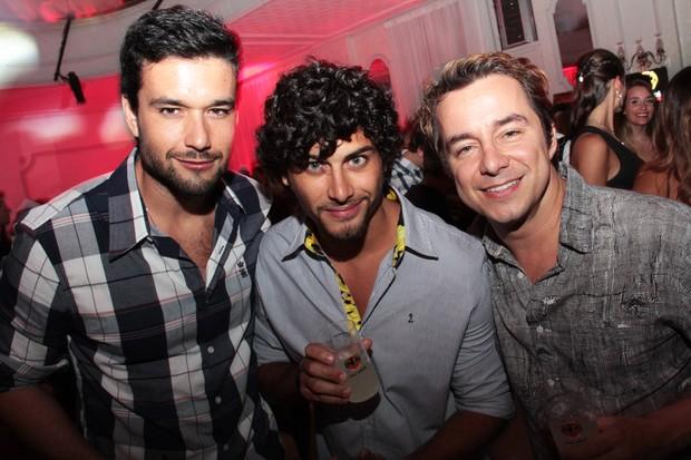 Sérgio Marone, Jesus Luz e Carlos Vieira. (Foto: Vitor Augusto)