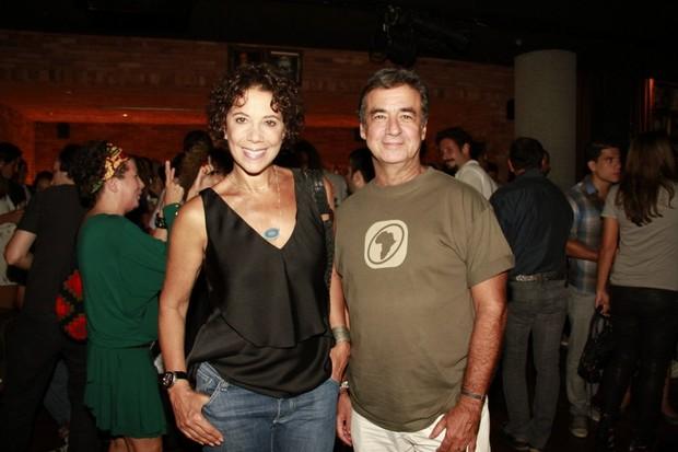 Ângela Vieira e o marido, Miguel Paiva (Foto: Isac Luz/ EGO)