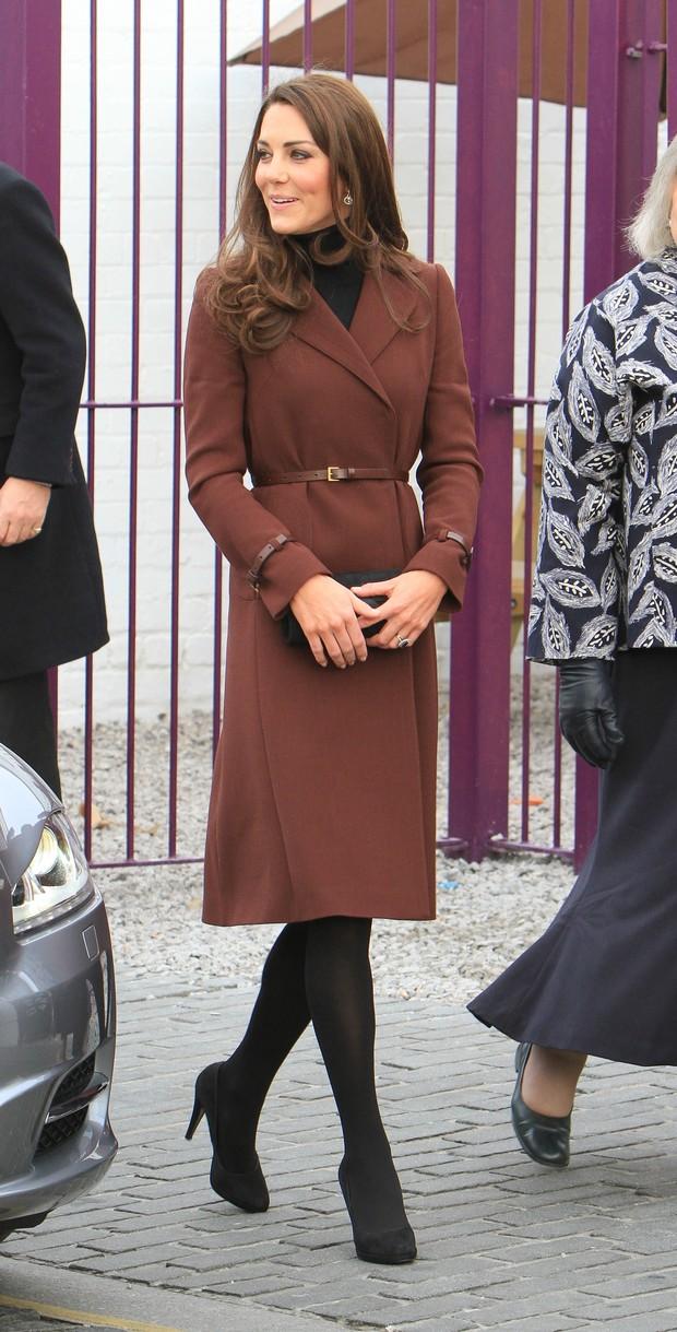 Kate Middleton em visita a bar de Liverpool (Foto: Getty Images)