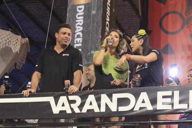 Ronaldo, Bia Anthony e Luiza do Canadá no Expresso 2222 (Foto: Rodrigo dos Anjos/AgNews)