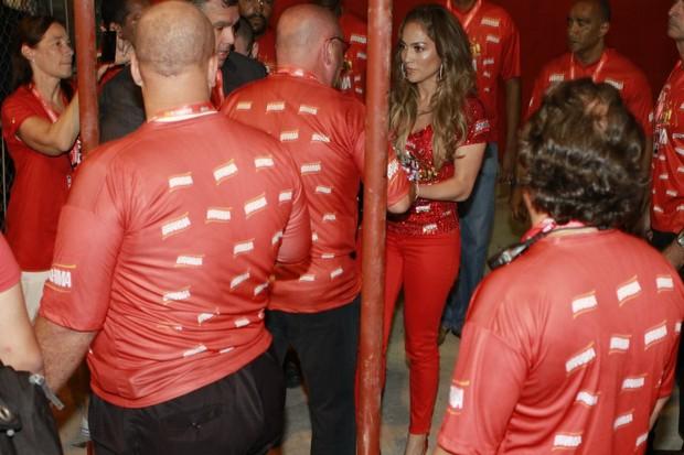 Jennifer Lopez chegando ao camarote da Brahma (Foto: Felipe Panfili / AgNews)