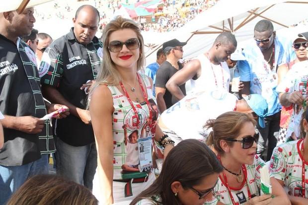 Mirella Santos na apuração (Foto: Anderson Borde / Ag. News)