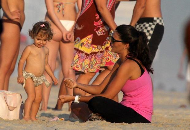 Daniella Sarahyba com a filha, Gabriela (Foto: André Freitas/ Agnews)