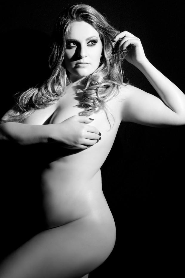 Miss Plus Size Carla Manso posa para ensaio (Foto: Divulgação)