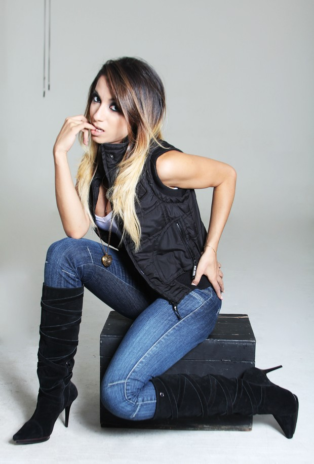 Mc Anitta fica loira (Foto: Divulgação)