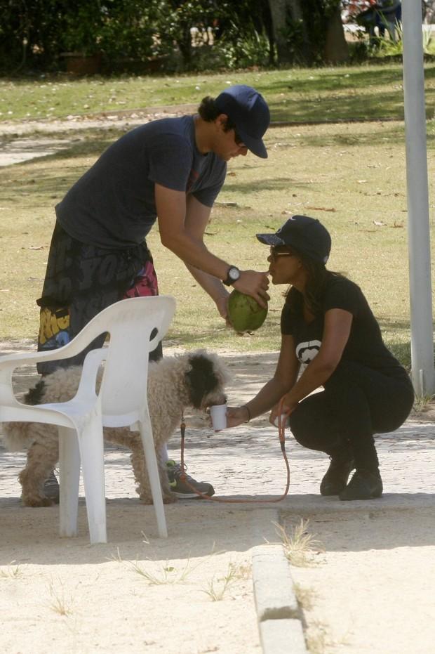 Felipe Dylon e Aparecida  (Foto: Edson Teófilo e Gil Rodrigues / PhotoRio News)