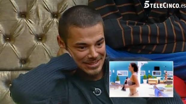 Reação de um dos participantes durante vídeo de Laisa (Foto: Reprodução / Gran Hermano)