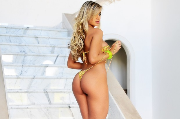 Andressa Urach posa para a revista 'Sul Sports' (Foto: Christiano Cardoso/Sul Sports)