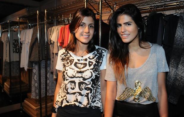 Julie Chermann e Antonia Morais em evento de moda em São Paulo (Foto: Francisco Cepeda/ Ag.News)
