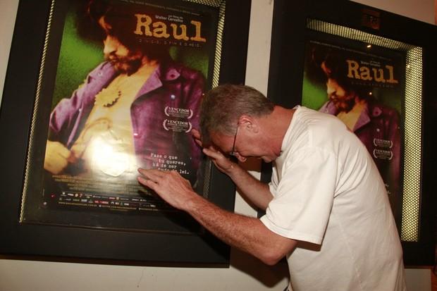 Pedro Bial na pré-estreia do filme 'Raul' (Foto: Isac luz / EGO)