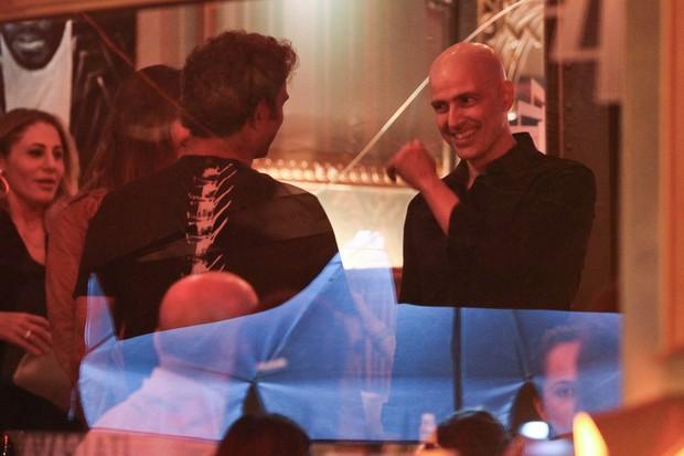 Reynaldo Gianecchini conversa com Marcos Pasquim (Foto: Manuela Scarpa/Photo Rio News)