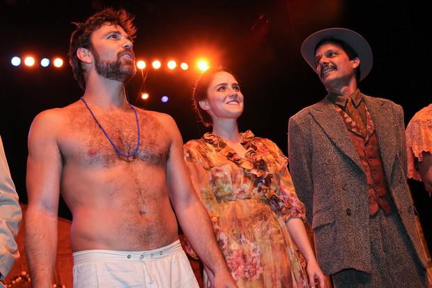 Marcelo Faria, Fernanda Vasconcellos e Duda Ribeiro em 'Dona Flor e seus dois maridos' (Foto: Manuela Scarpa/Photo Rio News)