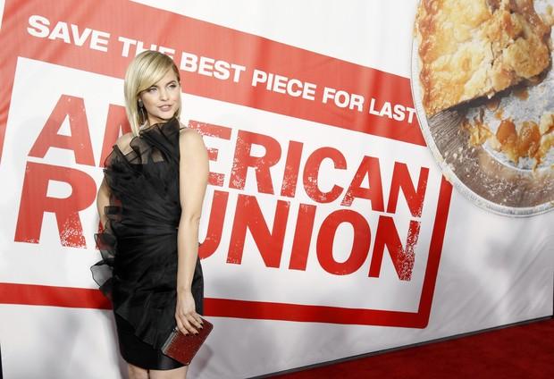 Mena Suvari na première de 'American Pie – O reencontro' em Los Angeles, nos Estados Unidos (Foto: Reuters/ Agência)
