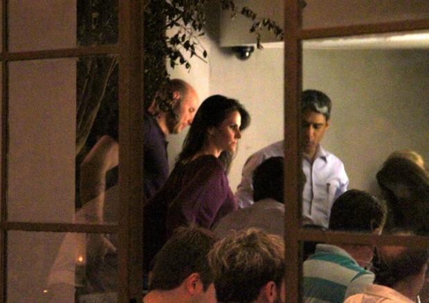 Tande comemora aniversário com a mulher Lizandra Souto e William Bonner no Rio (Foto: Daniel Delmiro/ Ag. News)