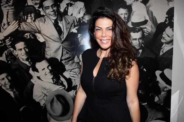 Gisele Fraga assiste a peça em São Paulo (Foto: Manuela Scarpa/ Photo Rio News)