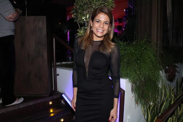 Nívea Stelmann em show no Rio (Foto: Thyago Andrade/ Photo Rio News)
