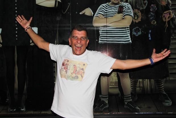 Jorge Fernando vai ao teatro em São Paulo (Foto: Milene Cardoso/ Ag. News)