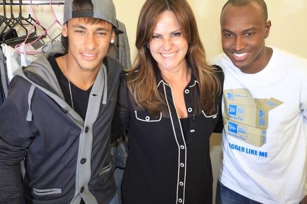 Neymar, Renata Ceribelli e Thiaguinho nos bastidores da gravação do DVD do cantor em São Paulo (Foto: Fred Pontes/ Divulgação)