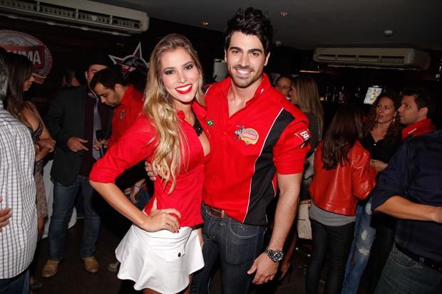 Ex-BBBs Adriana e Rodrigão em evento em São Paulo (Foto: Francisco Cepeda e Danilo Carvalho/ Ag. News)