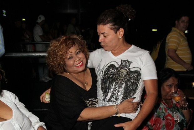 Alcione e David Brazil em show Preta Gil no Rio (Foto: Anderson Borde/ Ag. News)