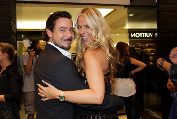 Adriane Galisteu e Alexandre Iódice (Foto: Milene Cardoso/AgNews)