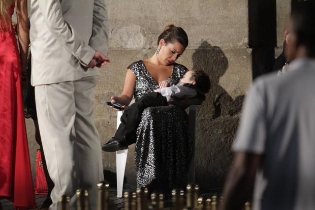Fernanda Souza nas gravações de 'Aquele Beijo' no Centro do Rio (Foto: Raphael Mesquita/ Photo Rio News)