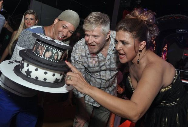 Miguel Falabella e Elizângela no aniversário da atriz no Rio (Foto: Roberto Teixeira/ EGO)