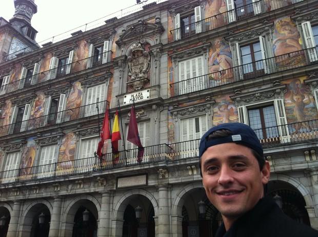 Fael na Plaza Mayor; em Madri (Foto: Divulgação)
