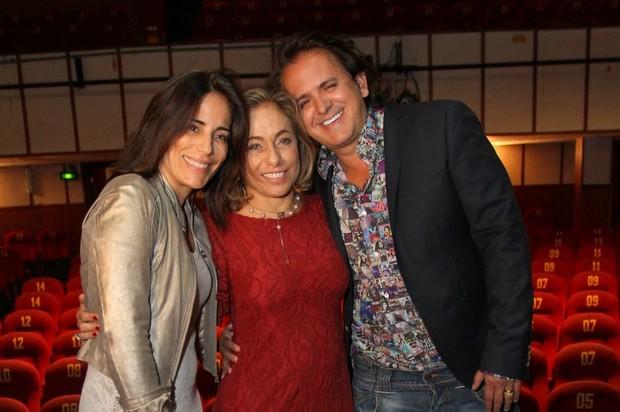 Cissa Guimarães com Glória Pires e Orlando Moraes após peça no RIo (Foto: Anderson Borde/ Ag. News)
