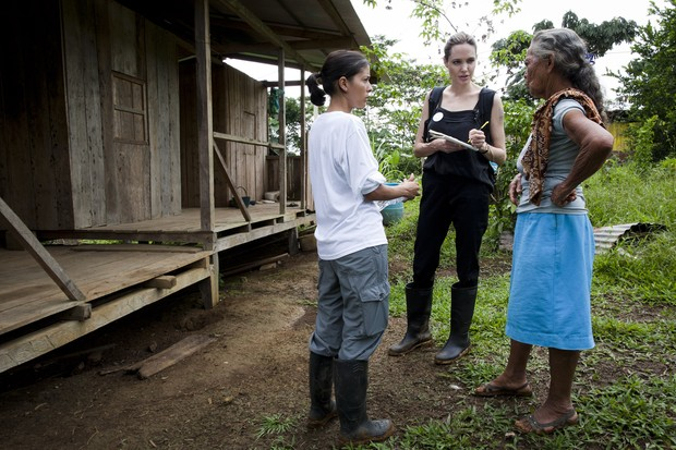 Angelina Jolie no Equador (Foto: AFP/ Ag&#234;ncia)