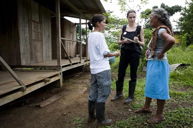 Angelina Jolie no Equador (Foto: AFP/ Agência)